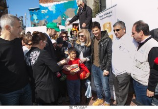 Aποστολή του Προγράμματος «WE CARE» στον Πειραιά για παροχή ιατρικής βοήθειας σε παιδιά προσφύγων