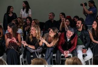 Shirtdresses, ογκώδη πανωφόρια και εντυπωσιακές τουαλέτες συνέθεσαν τη δεύτερη μέρα της 21ης Athens Xclusive Designers Week