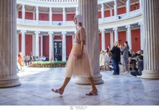 AXDW ΗΜΕΡΑ 4η / Διεθνείς οίκοι, κομψές δημιουργίες και εκλεκτοί καλεσμένοι ολοκλήρωσαν το λαμπερό σκηνικό της 22ης Εβδομάδας Μόδας, Athens Xclusive Designers Week [ΕΝΗΜΕΡΩΜΕΝΟ ΥΛΙΚΟ+ΔΕΛΤΙΟ ΤΥΠΟΥ]