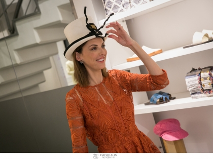 Hats off… Στον Λάκη Γαβαλά και τα i-D Concept Stores που παρουσίασαν μοναδικά καπέλα δια χειρός Lakis Gavalas στο #iDAthens στο Κολωνάκι