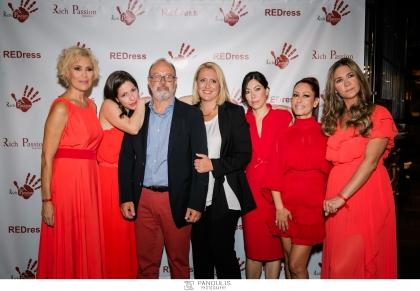 """Η Rich Passion, το luxury brand ασημένιων κοσμημάτων της Groupe Rich του Θοδωρή και της Κορίνας Τσίπη πραγματοποίησε φωτογράφιση με θέμα τα """"Κόκκινα φορέματα"""" στο Novak Athens Towers"""