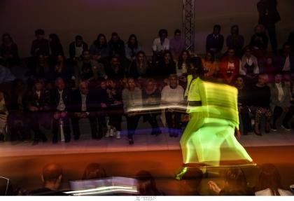 Ξεχωριστές δημιουργίες, έντονα χρώματα και εντυπωσιακές εμφανίσεις στην 3η ημέρα της Athens Xclusive Designers Week! [ day-3 AXDW ]