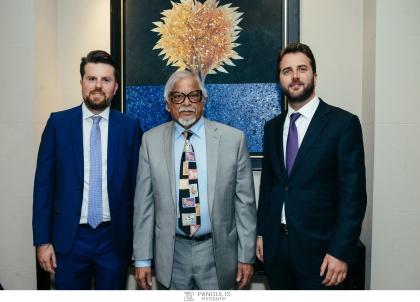 Ο Ιδρυτής και curator του TEDxAthens κ. Δημήτρης Καλαβρός-Γουσίου και ο Διευθύνων Σύμβουλος της ΕΚΑΛΗ AE κ. Γιάννης Γεωργακάκης, παρέθεσαν στις 30 Μαΐου 2019 Επίσημο Δείπνο στο Ecali Club προς τιμή του κ. Arun Gandhi