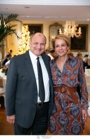 Σε γιορτινή ατμόσφαιρα πραγματοποιήθηκε στο Tudor Hall Restaurant γεύμα με παρουσία φίλων δημοσιογράφων των Ξενοδοχείων Μεγάλη Βρεταννία και King George