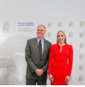 Ο Δήμαρχος Σπάρτης Πέτρος Δούκας και η επίτιμη Πρέσβης της πόλης Ρόη Δανάλη – Αποστολοπούλου παρουσίασαν την κοινή τους δράση, για την προβολή της Σπάρτης σε εθνικό και διεθνές επίπεδο